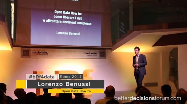 FireShot Screen Capture #215 - 'Open Data How To_ lo speech di Lorenzo Benussi a #bDf4data - YouTube' - www_youtube_com_watch_v=vXdEExb34RQ
